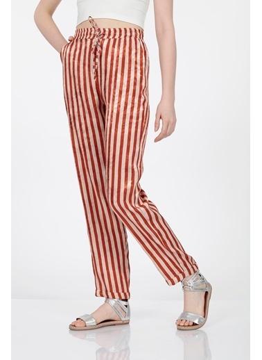 Vitrin Çizgili Kumaş Beli Lastikli Bağcıklı Pantolon Kiremit